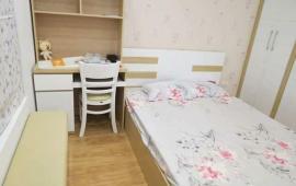 Cho thuê căn hộ Home City Trung Kính, 2 phòng ngủ, đầy đủ nội thất đẹp 13 tr/tháng