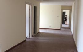 Cho thuê căn hộ chung cư 250 Minh Khai 2 phòng ngủ, đồ cơ bản, 8tr/tháng