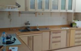 Cho thuê căn hộ chung cư N3B Trung Hòa Nhân Chính, 2 phòng ngủ đồ cơ bản 7,5 tr/th. 0911 400 844