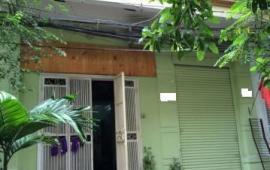 Cho thuê nhà Dt46m2 x3,5 tầng khu phân lô Hoàng Cầu giá 13tr/tháng
