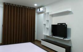 Cho thuê chung cư Goldmark City 136 Hồ Tùng Mậu, 3PN, 104m2, đồ cơ bản, 10 tr/th. LH 01642.595.238