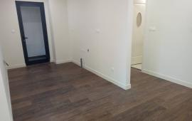 Cho thuê CHCC Hà Nội Center Point, tầng 19, 79m2, 2 ngủ, sàn gỗ, điều hòa, 11 tr/th LH: 0936204199