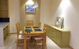Giá hót cho thuê căn hộ chung cư Star Tower 283 Khương Trung- 90m2, 3 phòng ngủ -Đủ Đồ -13 triệu LH 016 3339 8686