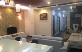 Cho thuê căn hộ 82 tuệ tĩnh, 130m2, 3 ngủ, đủ đồ, 1600 USD