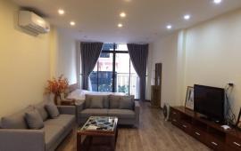 Căn hộ tầng 4 cao cấp phố Lê Văn Hưu, 82m2