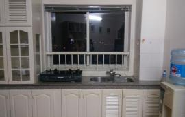 Cho thuê căn hộ chung cư 71 Nguyễn Chí Thanh gồm 2 PN, full đồ giá 12tr/th. LH Bách 0975170993