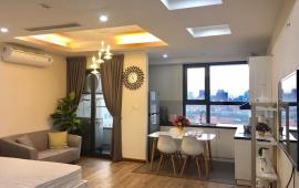 Cho thuê CHCC Star City tầng 18, 55m2, 1 phòng ngủ, đủ nội thất đẹp 12 tr/th. LH 0918441990