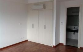 Chính chủ cho thuê căn hộ tại chung cư D2 Giảng Võ, 120m2, 3PN, đồ cơ bản, 14 triệu/tháng
