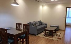 Cho thuê căn 2 phòng ngủ, đồ cơ bản ở Eco Green CT1 - 288 Nguyễn Xiển, chỉ với 7,5 tr/th. LH Bách: 0975170993