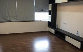Cho thuê Căn hộ chung cư Capital 102 Trường Chinh, 135m2, 3 ngủ, đồ cơ bản- 13tr/th LH 016 33398686
