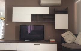 Cho thuê căn hộ chung cư D2 Giảng Võ, 120m2, 3 ngủ, đủ đồ, 25 triệu/tháng