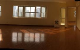 Cho thuê căn hộ tại Thăng Long Garden 250 Minh Khai căn 3PN, 2 vệ sinh, DT 132m2, đồ cơ bản