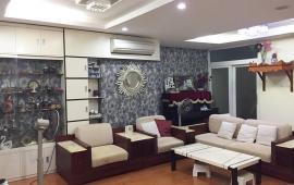 Cho thuê CHCC 170 Đê La Thành, DT 150m2, 3PN, đầy đủ đồ đẹp, căn góc thoáng mát giá 16tr/tháng