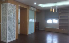 Cho thuê căn hộ FLC Phạm Hùng, gần bến xe Mỹ Đình, DT 156m2, 4PN, cơ bản, giá 16 triệu/tháng