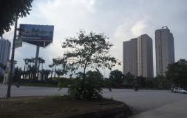 Cho thuê căn hộ tầng 10 tòa Gemek Tower, thiết kế 2 phòng ngủ. LH 0985691029