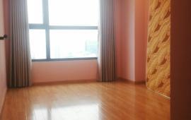 Cho thuê CH tại Star City 81 Lê Văn Lương, 2 phòng ngủ, đồ cơ bản, 12tr/thg. Lh Mr Dũng 0968530203.