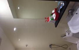 Cho thuê chung cư 283 Khương Trung, mới nhận. 80m2, 2 phòng ngủ- 2 WC -Đồ cơ bản -8 triệu LH 016 3339 8686