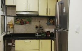 Cho thuê chung cư Hòa Bình Green, 505 Minh Khai, Q. Hai Bà Trưng, 70m2, 2 phòng ngủ, đồ cơ bản