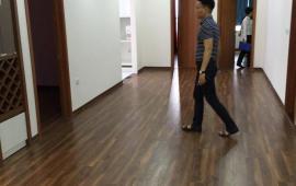 Cho thuê căn hộ chung cư 250 Minh Khai, 3 phòng ngủ, đồ cơ bản, 10tr/th, LH Mr Dũng 0968530203