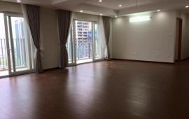 Cho thuê CH Căn tầng 18, 138m2, 3 phòng ngủ, đồ cơ bản giá 13 tr/tháng, tòa 24T1 - Hapulico