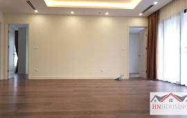 Cho thuê căn hộ cao cấp Tràng An Complex 3 phòng ngủ đồ cơ bản, 80m2, giá cho thuê chỉ 11 tr/th