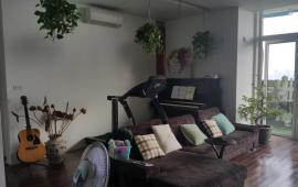 Mời thuê căn hộ chung cư Vinaconex 1, 4 phòng ngủ, 206m2, 19 tr/th. Lh Mr Dũng 0968530203