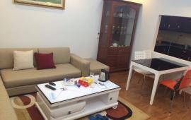 Cho thuê chung cư cao cấp B4 Kim Liên, rộng 80 m2 giá chỉ 13tr/th, 2PN, Đủ đồ