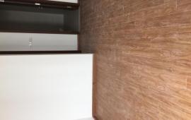 Cho thuê căn hộ chung cư cao cấp Hà Nội CentrerPoint, 85 Lê văn Lương, ngã 4 Hoàng Đạo Thúy. 13tr/tháng, 3 ngủ.80m2 nội thất cơ bản LH: 0963 650 625
