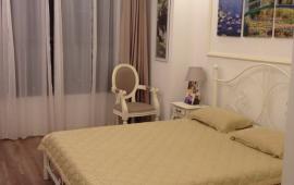 Cần cho thuê căn hộ 84m2, 2pn, full đồ tại Starcity, giá 13tr lh.0962.809.372