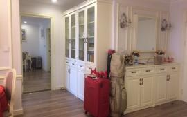 Căn hộ chung cư tại 27 Huỳnh Thúc Kháng, Đống Đa, DT 120m2, 3PN, đầy đủ nội thất, giá 14 tr/th