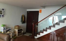 Cho thuê chung cư CC N04- Hoàng Đạo Thúy, 126m2, 3PN, đủ đồ, 16 tr/tháng. LH: 0989176850
