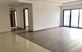 Cho thuê căn hộ 160m2, 4PN, cơ bản, 13 tr/th tại tổ hợp Goldmark City 136 Hồ Tùng Mậu. 0986782302