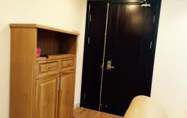 Cho thuê chung cư Golden West, 83m2, 2 phòng ngủ, đồ cơ bản, giá 10 triệu/th. 0963704231