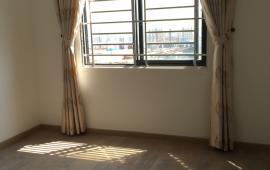 Cho thuê căn hộ chung cư 125 Hoàng Ngân, 85m2, 02 phòng ngủ, đồ cơ bản, 11 tr/th. LH 016 3339 8686