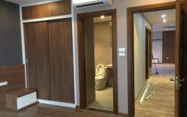 Cho thuê căn hộ chung cư 57 Láng Hạ, 122m2, căn góc, giá 11tr/tháng