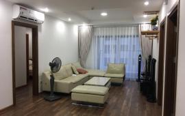 Cho thuê CHCC Goldmark, căn 4 ngủ, đồ cơ bản, 174m2, căn góc view đẹp, giá thuê rẻ 14 triệu. LH: 0969937680
