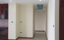 Cho thuê căn hộ 3 phòng ngủ đầy đủ nội thất cơ bản tòa Golden land - Hoàng Huy - 275 Nguyễn Trãi, giá 11 triệu/tháng. Liên hệ: 01678.182.667