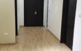 Căn hộ mới nhận đầy đủ nội thất cơ bản 2 phòng ngủ tòa Shapphire Palace - Chính Kinh cho thuê 9 triệu/ tháng. Liên hệ: 01678.182.667