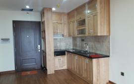 Cho thuê căn hộ 2 phòng ngủ chung cư Yên Hòa Sunshine, nội thất cơ bản, giá 10 triệu/ tháng