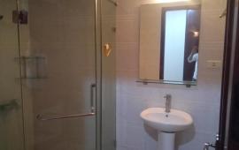 Căn hộ Golden West - Số 2 Lê Văn Thiêm 2 phòng ngủ đầy đủ nội thất cơ bản cần cho thuê ngay, giá 9 triệu/ tháng. Liên hệ: 01678.182.66