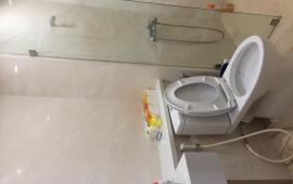 Căn hộ 3 phòng ngủ Five Star Tower - Kim Giang, nội thất cơ bản phù hợp với hộ gia đình và văn phòng thuê, giá 10 triệu/tháng. LH: 01678.182.667
