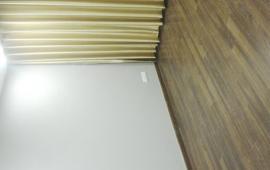 Căn hộ Five Star Tower - số 2 Kim Giang 2 phòng ngủ hiện đại, nội thất cơ bản phù hợp cho gia đình trẻ thuê, giá 8 triệu/tháng. LH: 01678.182.667