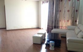 Chính chủ cho thuê căn góc CC mặt tiền Cầu Giấy, 110m2 đầy đủ nội thất