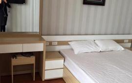 CHCC cao cấp tại Golden Land 275 Nguyễn Trãi Cần cho thuê gấp căn hộ, 166m2 3PN đủ nội thất sang trọng. LH 0936496919