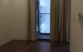 Chính chủ cho thuê căn hộ chung cư 100m2, 2 phòng ngủ sáng, nội thất cơ bản, giá 8 triệu/tháng