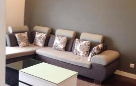 Cho thuê căn hộ C7- Giảng Võ đối diện Khách Sạn Hà Nội 90m2, 3PN đủ đồ giá 14triệu/tháng.
