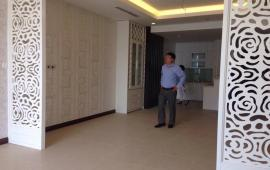 Cho thuê CHCC Indochina Xuân Thủy, DT 115m2, 3PN sáng, có đồ cơ bản, căn góc, giá 24 triệu/tháng