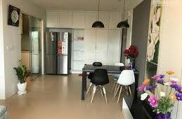 Chính chủ cần cho thuê gấp căn hộ CC Golden Land, 2pn, giá:  13tr/tháng, lh: 0911.543.899
