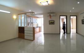 Căn hộ cao cấp Sapphire Palace - số 4 Chính Kinh. Diện tích 82 m2, 2 phòng ngủ đầy đủ nội thất cơ bản, giá 9 triệu/tháng. LH: 01678 182 667
