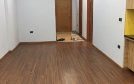 Cần cho thuê ngay căn hộ cao cấp Golden West. Diện tích 75 m2, 2 phòng ngủ đầy đủ nội thất cơ bản, giá 9 triệu/tháng. LH: 01678 182 667